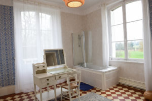 La salle de bain de la chambre des invités