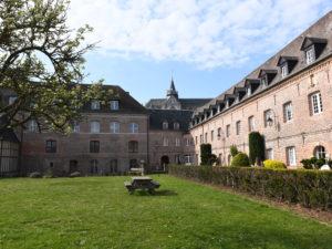 hotel-dieu-ville-historique-eu-76260