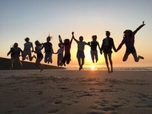 joie-vivre-coucher-soleil-plage-mers-les-bains