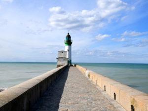 promenade-phare-le-treport-port